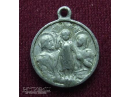 Medalik ze św. Rodziną