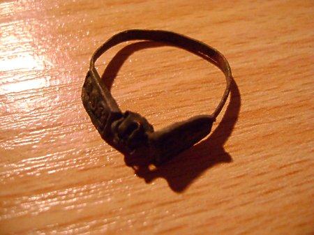 pierścionek 4