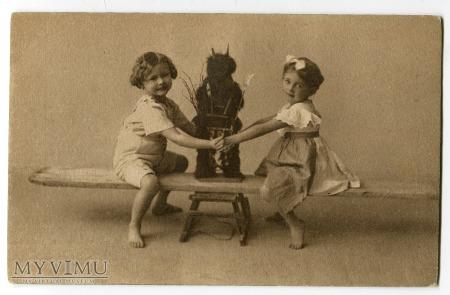Nie taki DIABEŁ straszny Krampus Children postcard