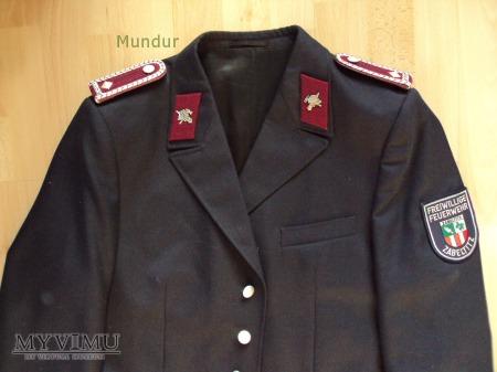 Niemiecki mundur OSP: Hauptfeuerwehrmann