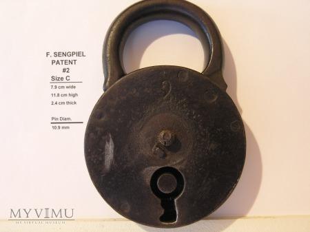 "F. Sengpiel Patent Padlock, #2- Size C"""