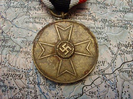 Duże zdjęcie Kriegsverdienstmedaille