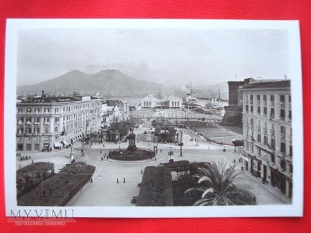 Neapol - Piazza Municipio i Stazione Marittima