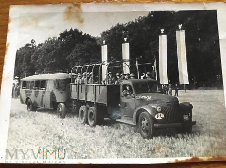Zdjęcie z defilady PSZ przed Gen.W.Sikorskim