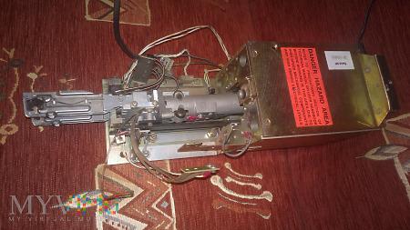 IBM głowica dysku twardego 14-calowego 10kg 1970r
