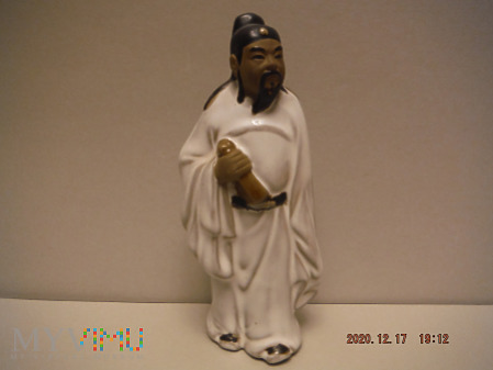 miniatura stojący biały