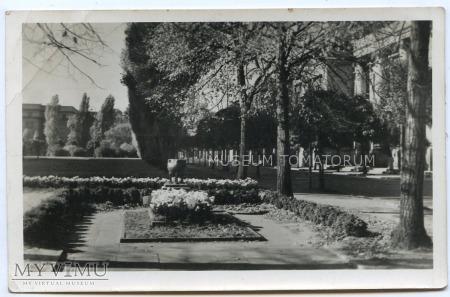 Łódź - Grób Nieznanego Żołnierza - 1953