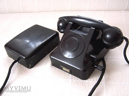 Duże zdjęcie Aparat telefoniczny RWT z 1960 roku.
