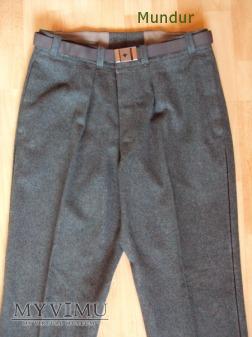 Szwajcarski mundur - spodnie