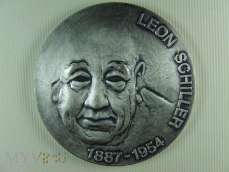 LEON SCHILLER