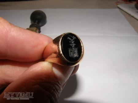 Herb Prus I- sygnet herbowy pieczętny złoty onyks