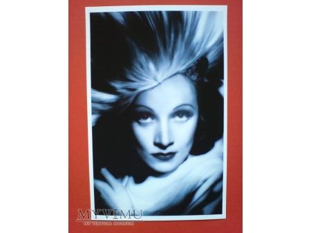 Marlene Dietrich Pocztówka Chiny 2011 n.3