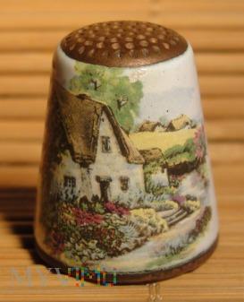 Naparstek emaliowany- domek na wsi