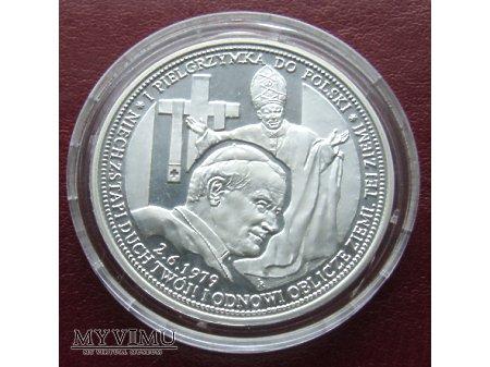 Pamiątkowy medal z Janem Pawłem II