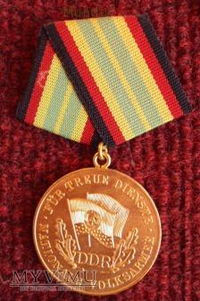 DDR Medaille für treue Dienste der NVA