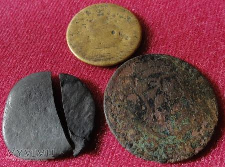 3 monety a raczej to co po nich zostało.