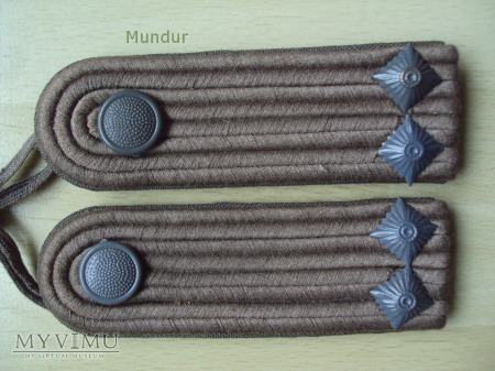 Oznaki stopnia na mundur polowy - Leutnant
