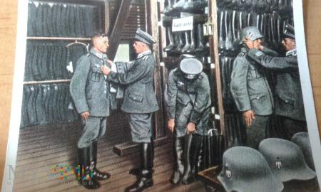 przymierzanie mundurów