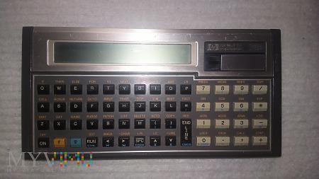 HP 71B pierwszy komputer na baterie kieszonkowy
