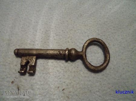 klucz od drzwi 007