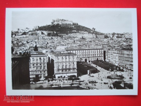 Neapol - Piazza Municipio i Castel Sant'Elmo
