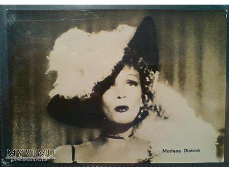 Marlene Dietrich DESTRY RIDES AGAIN 1939