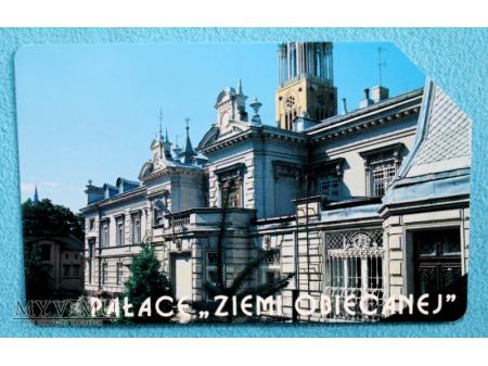 Pałace