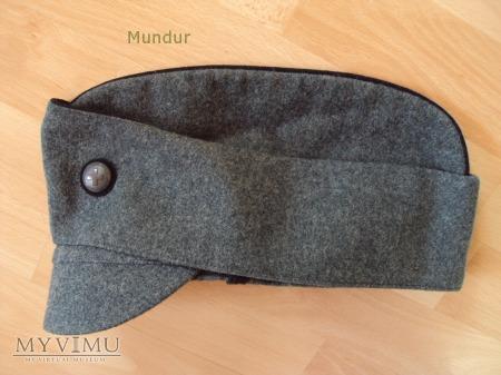 Szwajcaria: Furażerko-czapka z daszkiem