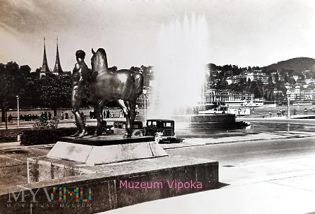 Lucerna - obok fontanny donatora Xavera Wagenbacha