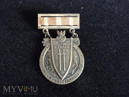 """Duże zdjęcie Medal """"Braterstwa Broni"""""""