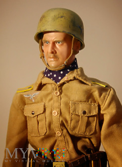 Fliger (szeregowy) z 2. Fallschirmjäger Regiment
