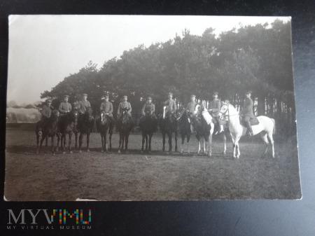 Duże zdjęcie Koledzy z czasu wojny na koniach