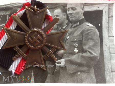Kriegsverdienstkreuz 2. Klasse, brązowy