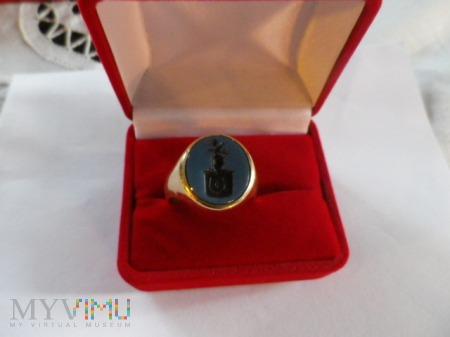 Herb Jastrzębiec-sygnet złoty pieczętny ( 2 )