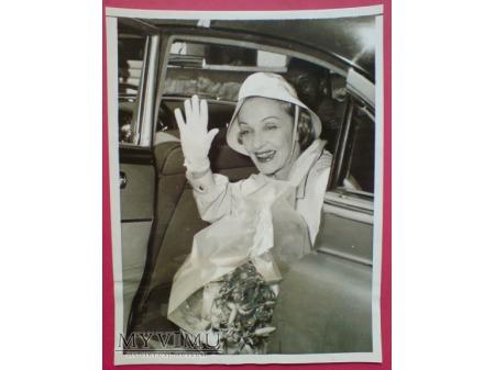 Duże zdjęcie Marlena Dietrich w Rzymie 1956 Marlene a Roma