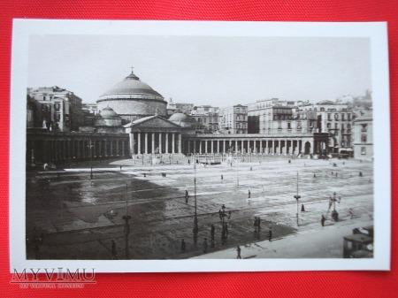 Neapol - Piazza Plebiscito