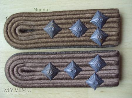 Oznaki stopnia na mundur polowy - Hauptmann