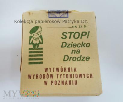 """Duże zdjęcie Papierosy SPORT Poznań """" Dziecko na drodze """""""