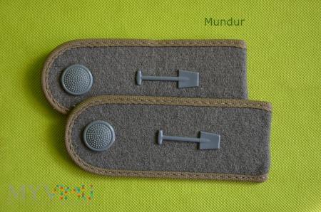 Oznaki stopnia na mundur polowy - Bausoldaten