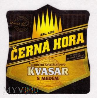 Cerna Hora, Kvasar