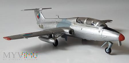 """Samolot L-29 """"Delfin"""" (model 1/72)"""