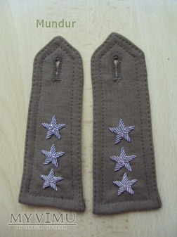 Haftowane dystynkcje WP - porucznik