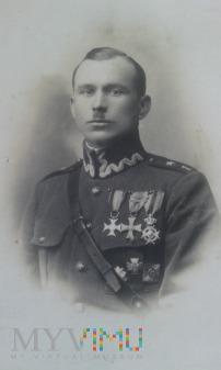por. Piotr Noworyta