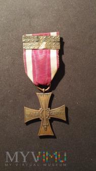 Krzyż Walecznych z okuciami Piotr Noworyta
