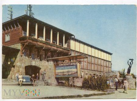 Zakopane 1965 - Gubałówka - Restauracja i rzeżba