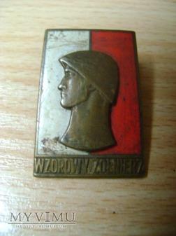 odznaka Wzorowy Żołnierz wz. 61