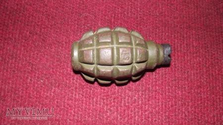 Przekrój granatu F1.