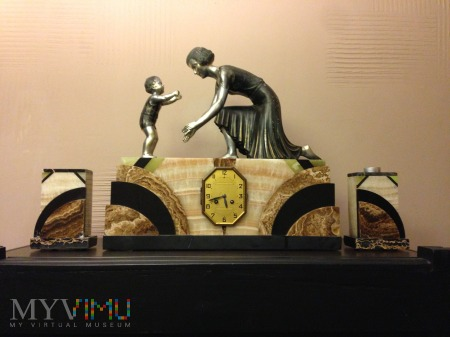 Zegar z okresu Art Deco L.Gibert 1920 r Francja.