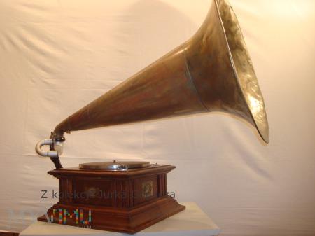 Gramofon Amour 4