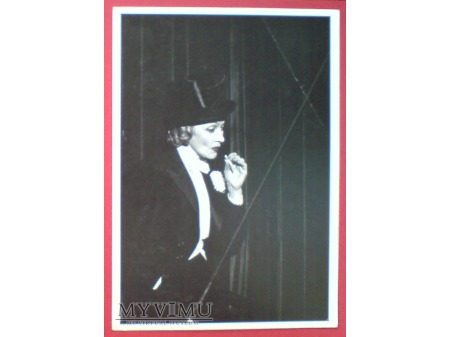 Marlene Dietrich papieros i frak Forever Young